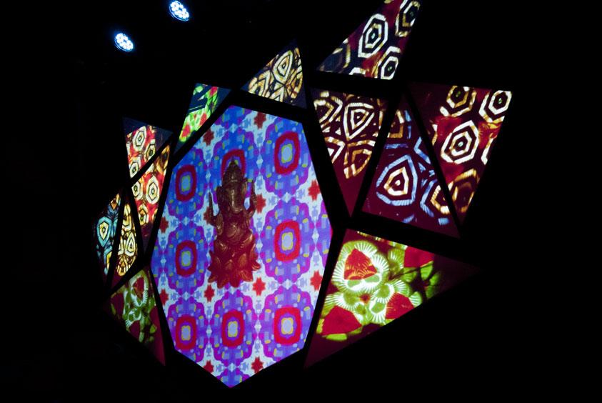 http://www.leila-pereira.com/files/gimgs/20_machinesauvagebigbuddhaleilapereira02.jpg